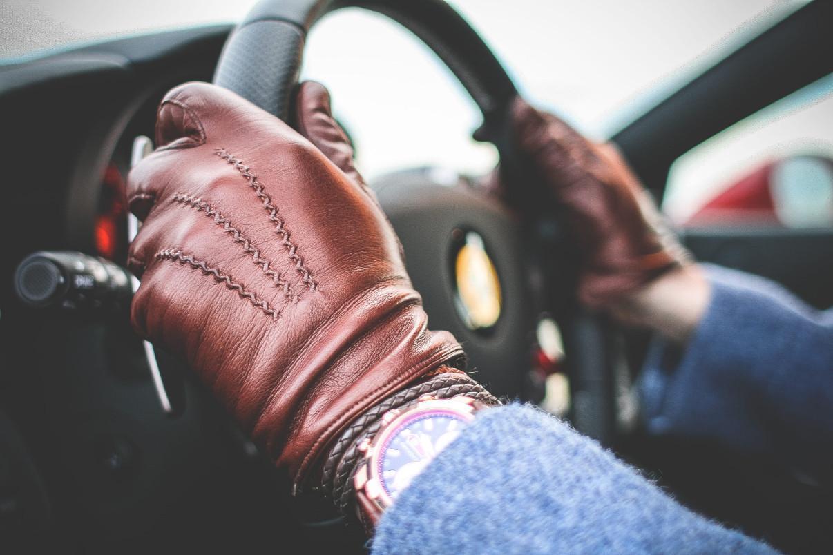 Перчатки кожаные мужские: преимущества и особенности выбора
